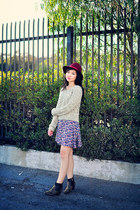 violet floral lucca couture dress - beige cable-knit free people sweater