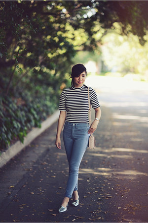 light blue Gap jeans - ivory striped Missguided top
