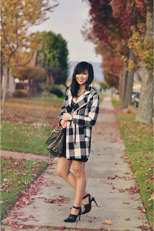 black plaid Sheinside coat
