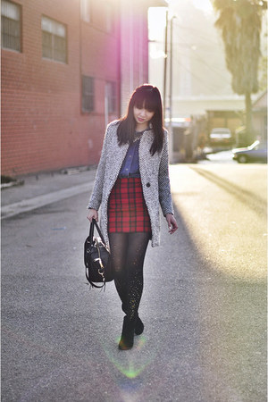 blue campfire madewell shirt - ruby red tartan Missguided skirt