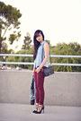 Brick-red-bordeaux-zara-jeans-light-blue-denim-forever-21-shirt