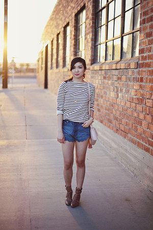 cream striped Gap top - light brown Chinese Laundry boots