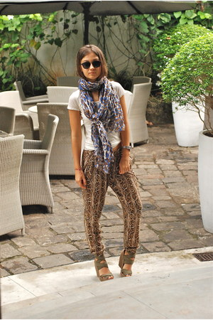Massimo Dutti scarf - Zara pants - jim thompson t-shirt - Jea Michel Cazabat wed