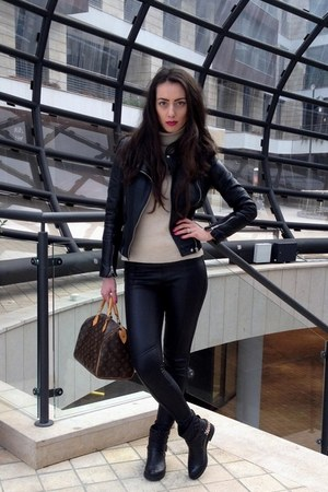 black Laura Biogiotti boots - black Zara jacket - beige St George sweater