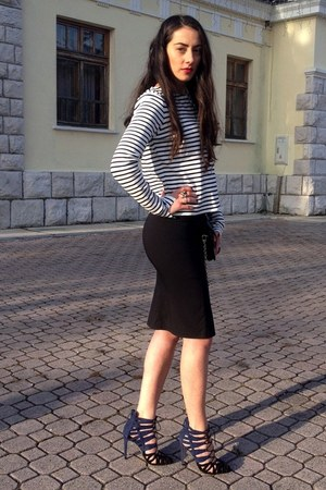 dark gray Zara coat - black DKNY bag - black skirt - navy Zara heels