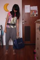 Zara t-shirt - Zara belt - Mango - Zara - casio