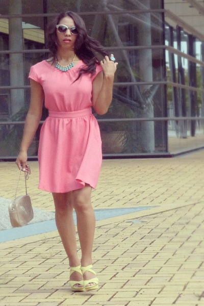pink polyester H&M dress - nude Mango bag - chartreuse Mango sandals