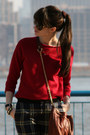 Maroon-juicy-couture-bag-brick-red-gap-sweater-navy-juicy-couture-pants
