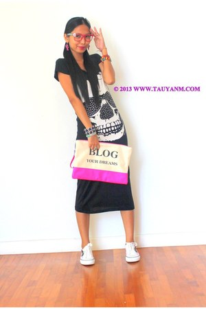 black dress - bubble gum purse - white kawaii sneakers - hot pink glasses