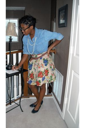 blue Gap blouse - beige Old Navy skirt - blue naturalizer shoes - white thrifted