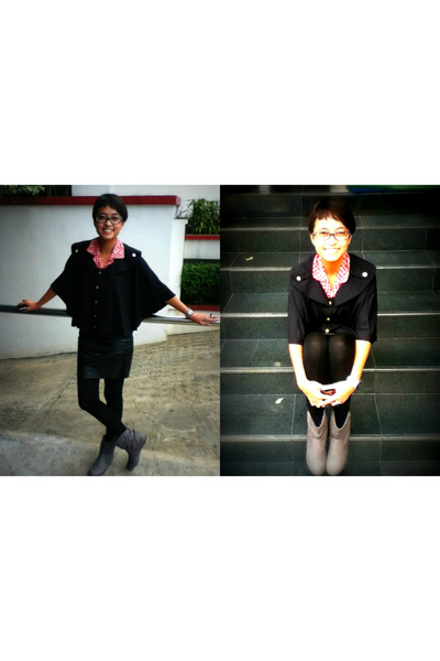 black Gaudi leggings - gray Payless boots - black Magnolia skirt