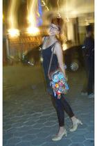 Magnolia dress - leggings - Endorsed necklace - Marie Claire shoes