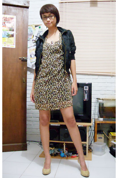 Localtreat dress - Magnolia jacket - Marie Claire shoes