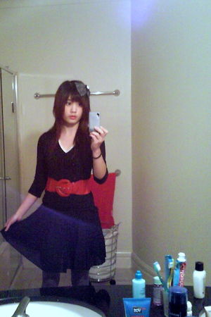black top - black ICE skirt - red belt - gray Ambra tights - white - gray