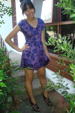 purple Mossman dress - black Chinese Laundry shoes - silver Tiffany & Co accesso