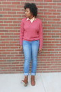 Yellow-bracelet-blue-slouchy-slim-jeans-coral-sweater