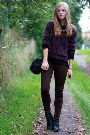 Deichmann boots - H&M sweater - Primark bag - Bershka pants