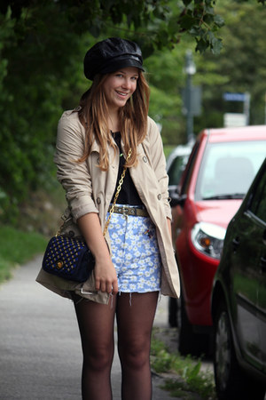 vintage shorts - via Karstadt hat - H&M shirt - Marc by Marc Jacobs bag