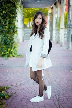 Zara coat - Zara skirt - pull&bear sneakers