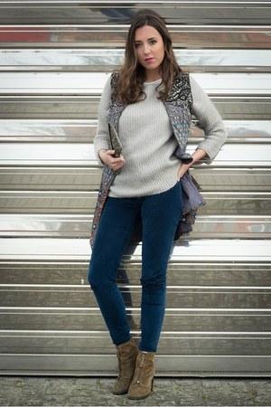 Zara vest - Bimba & Lola boots - Zara sweater - Zara bag