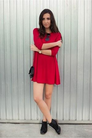 Pertini shoes - Bershka dress