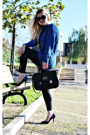 black OASAP heels