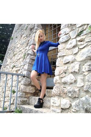blue Novorish dress