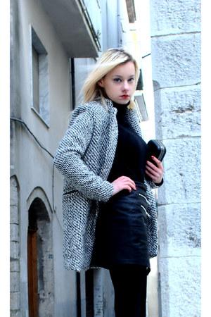 black and white Sheinside coat