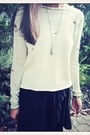 Black-mullet-brandy-melville-skirt-beige-holey-forever21-sweater