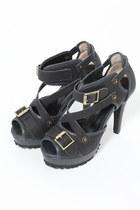 heels Violet Boutique shoes