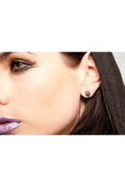 skull Violet Boutique earrings
