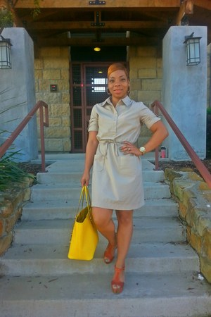 yellow Michael Kors bag - tawny Bakers shoes - tan Old Navy dress