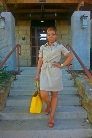 yellow Michael Kors bag - tawny Bakers shoes - tan Old Navy dress
