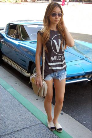 wildfox couture t-shirt - espadrilles Chanel shoes
