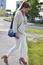 white pull&bear jeans - brown Zara heels