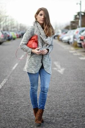 heather gray Stradivarius blazer - blue Zara jeans