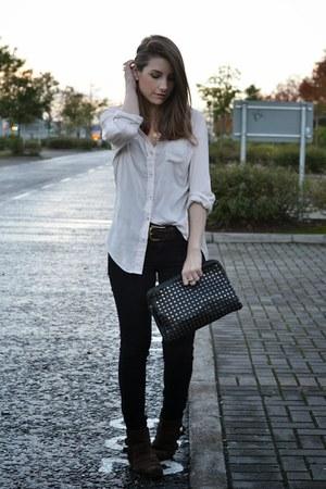 black Forever 21 jeans - peach Zara shirt