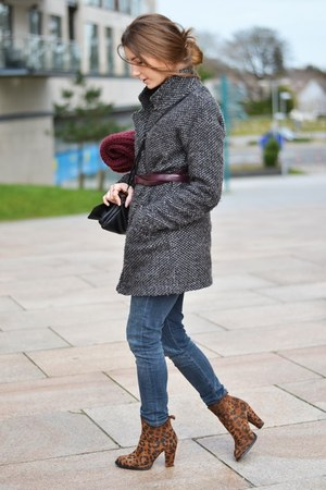 charcoal gray pull&bear coat