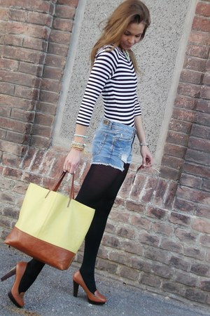 blue Zara shorts - navy Petit Bateau shirt - brick red H&M heels