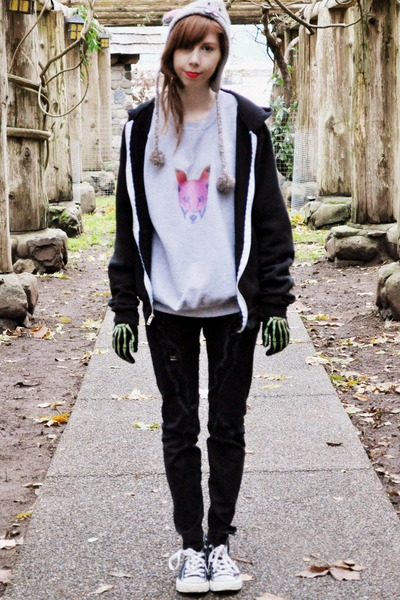 material girl jeans - mouse hat - fox sweatshirt