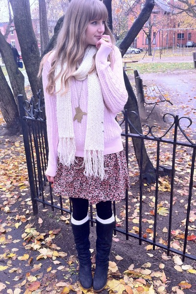 pink thrifted skirt - light pink cable knit My moms sweater