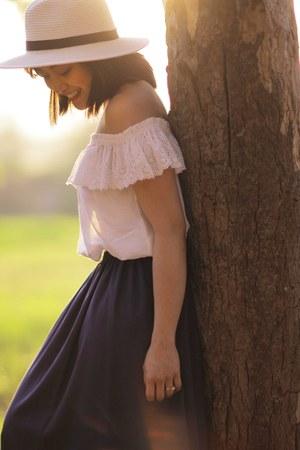 H&M top - Bershka skirt