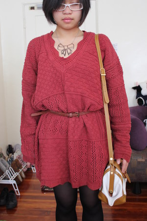 ruby red xxlarge sweater Sweater sweater - ribbon Forever 21 necklace