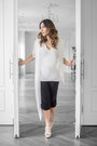 White-thomas-wylde-shirt-black-culottes-thomas-wylde-pants-white-prada-heels