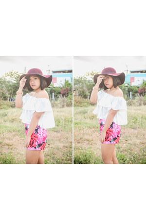 maroon floppy hat Topshop hat - hot pink floral Forever 21 shorts