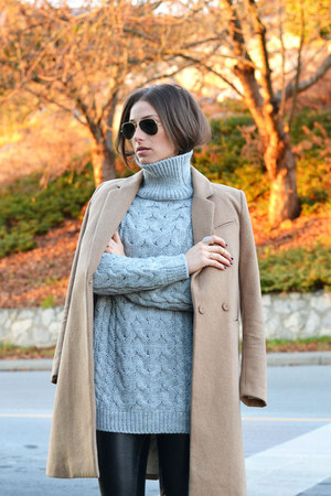 heather gray Zara sweater - camel camel H&M coat