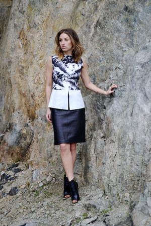 Zara top - Steve Madden boots - Shoppalu skirt