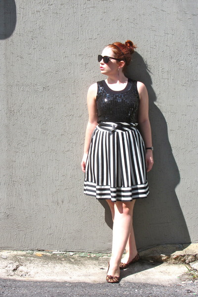 white Korean Thrift Store skirt - brown animal print Chinese Laundry flats