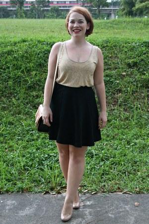 black Uniqlo skirt - nude Target heels