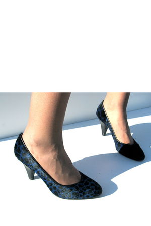 blue Laurorighi shoes - black
